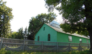 The church seized by the schismatics stands empty, – the priest of the suffered community of the UOC