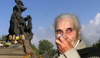 """Ex-official from Khmelnytsky region and OCU cleric called Babi Yar """"God's punishment for the Holodomor"""""""