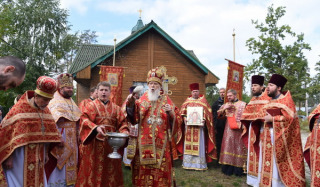 Filaret visited the parish of the UOC-KP, which has been trying to seize the OCU for two years
